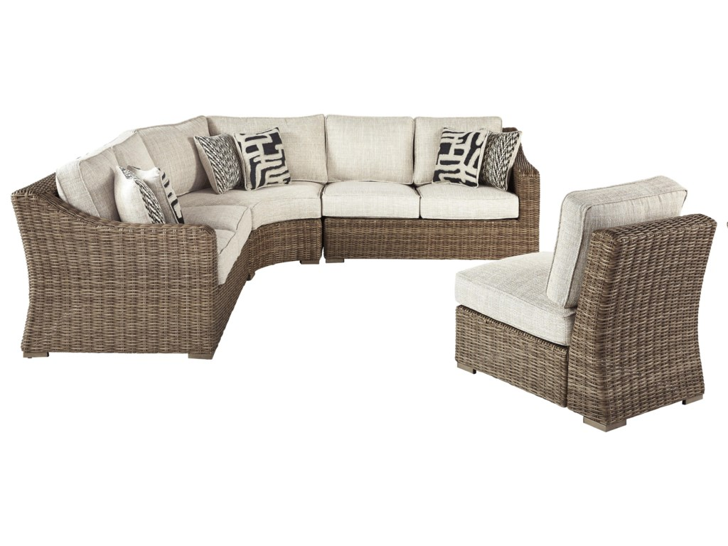 Signature Design by Ashley Beachcroft4 PC Outdoor Conversation Set