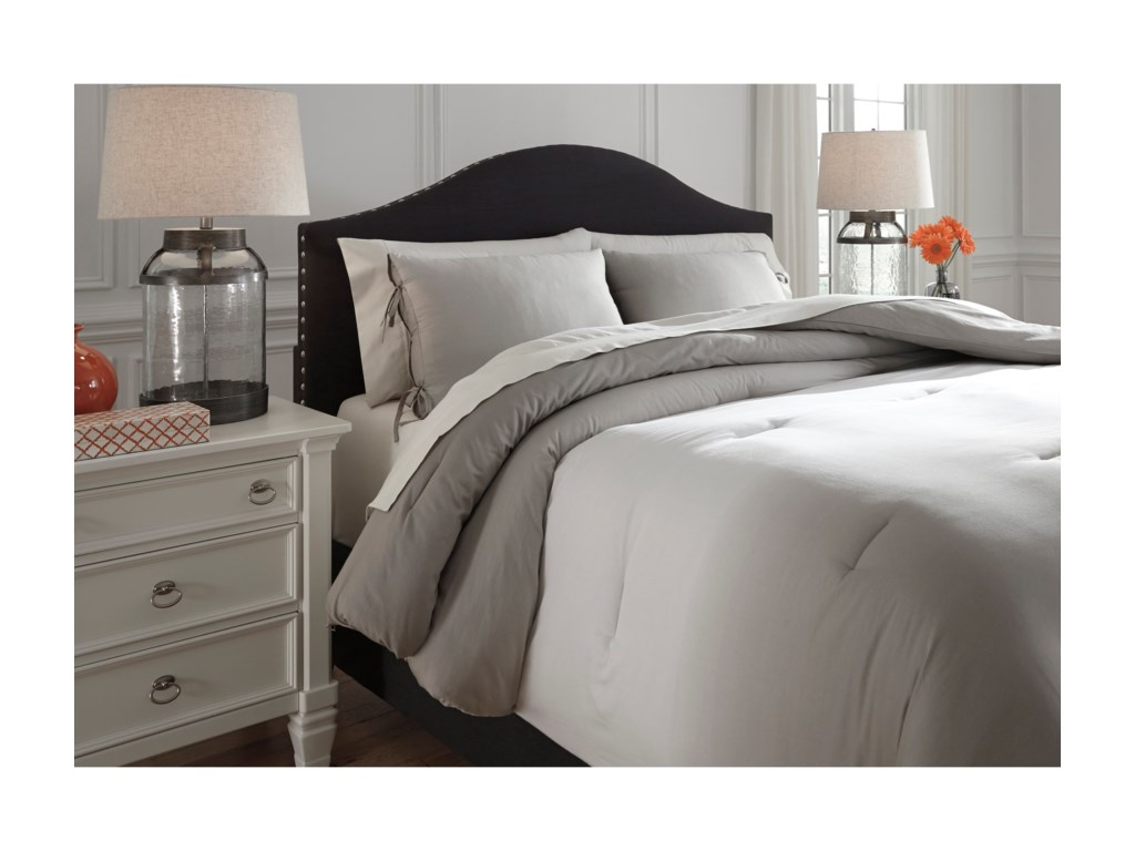 Ashley (Signature Design) Bedding SetsQueen Aracely Taupe Comforter Set