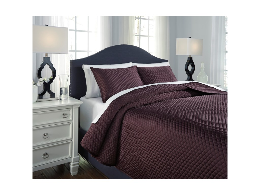 Signature Design by Ashley Bedding SetsQueen Dietrick Plum Quilt Set