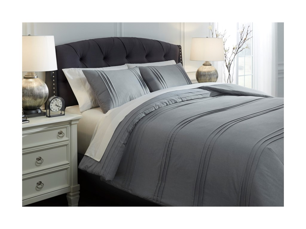 Signature Design by Ashley Bedding SetsQueen Mattias Slate Blue Comforter Set