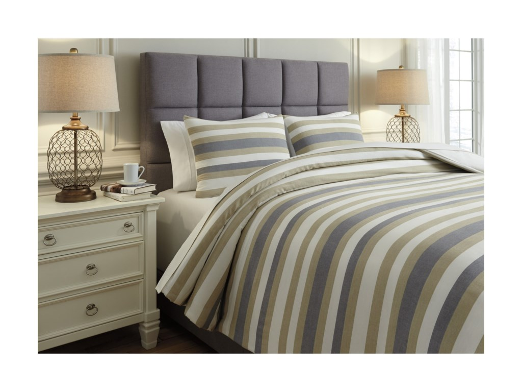 Ashley (Signature Design) Bedding SetsQueen Isaiah Gray/Tan Comforter Set
