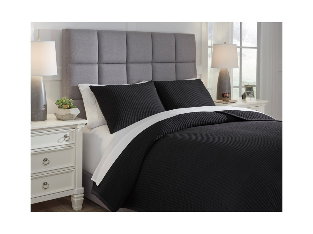 Signature Design by Ashley Bedding SetsKing Thornam Black Coverlet Set