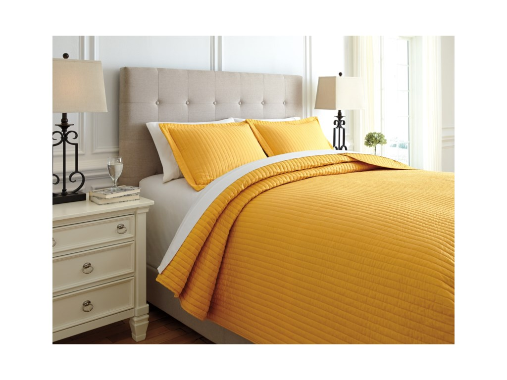 Signature Design by Ashley Bedding SetsQueen Raleda Ochre Coverlet Set