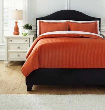 Signature Design by Ashley Bedding SetsQueen Raleda Orange Coverlet Set
