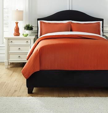 Signature Design by Ashley Bedding Sets Queen Raleda Orange Comforter Set