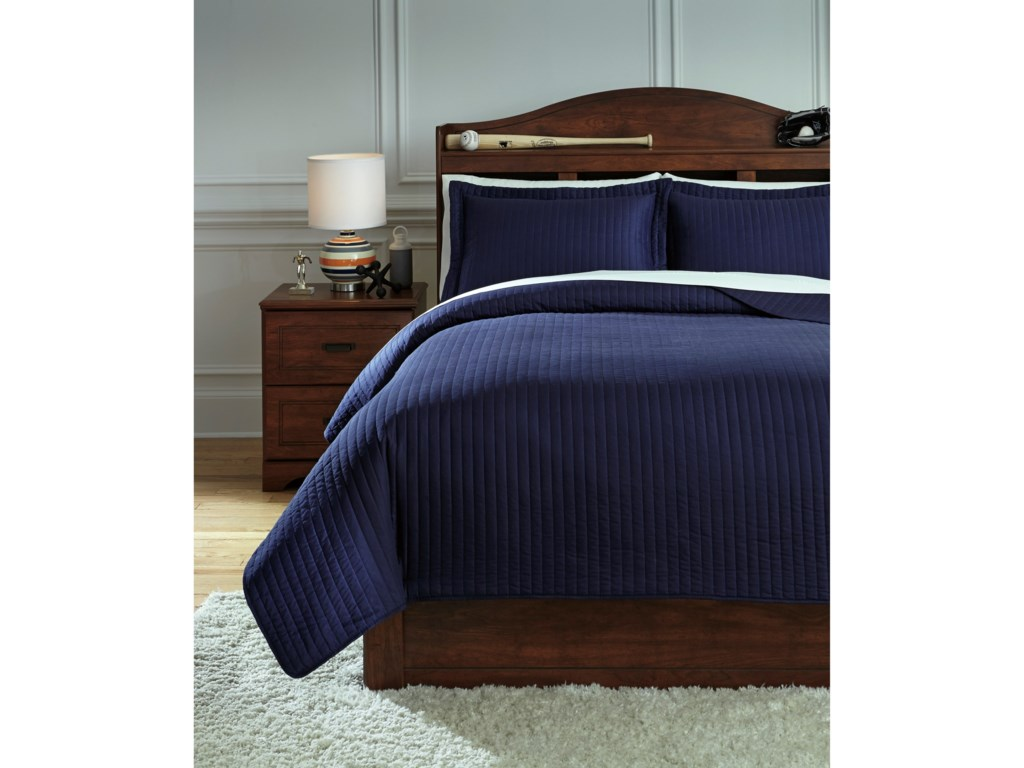 Signature Design by Ashley Bedding SetsFull Raleda Navy Coverlet Set