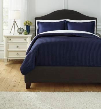 Signature Design by Ashley Bedding Sets King Raleda Navy Comforter Set