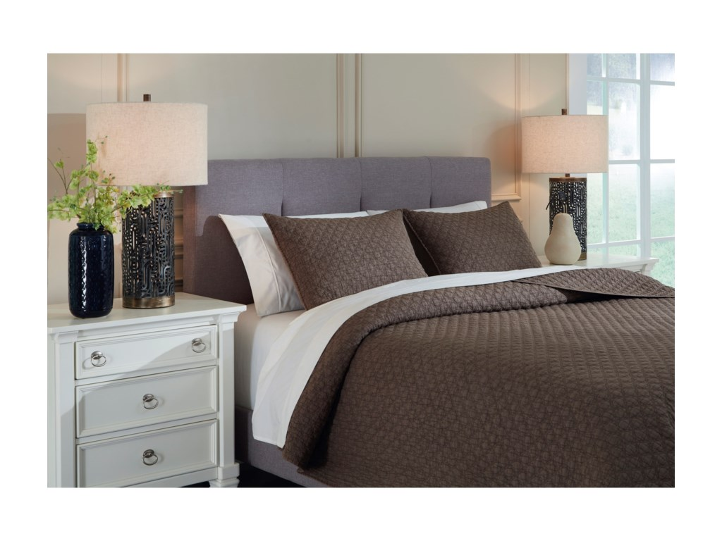 Signature Design by Ashley Bedding SetsQueen/Full Ryter Brown Coverlet Set