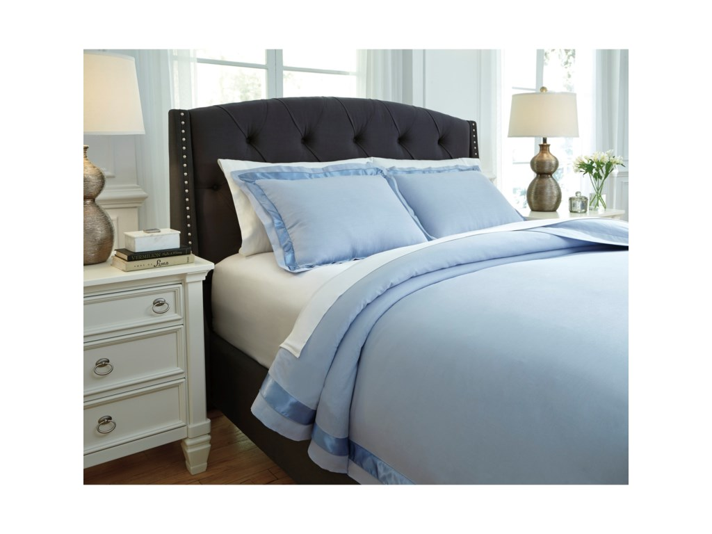 Signature Design by Ashley Bedding SetsQueen Faraday Soft Blue Duvet Cover Set