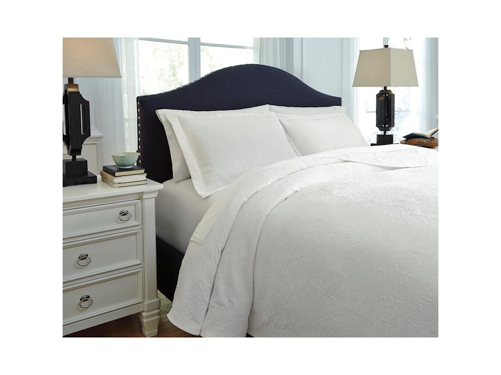 Ashley (Signature Design) Bedding SetsQueen Bazek White Coverlet Set
