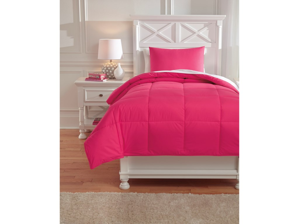 Signature Design by Ashley Bedding SetsTwin Plainfield Magenta Comforter Set
