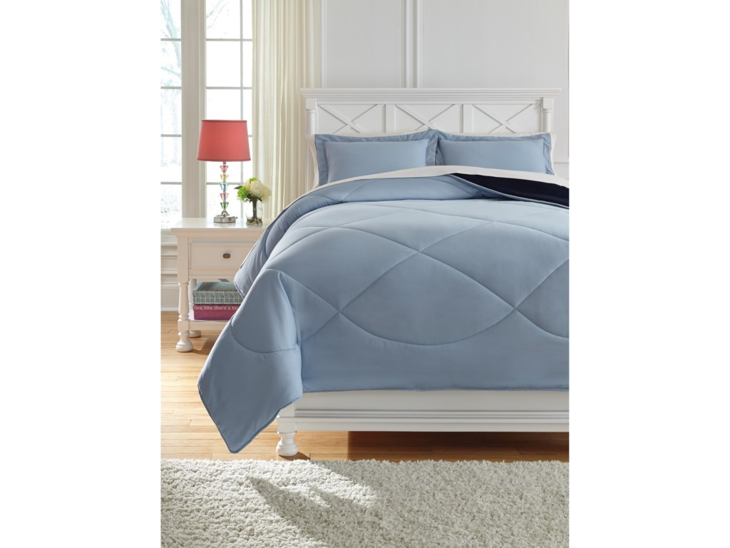 Signature Design by Ashley Bedding SetsFull Massey Blue Comforter Set