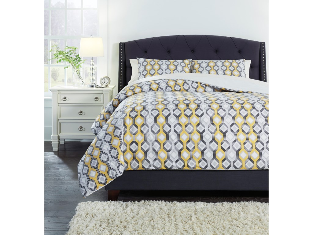 Signature Design by Ashley Bedding SetsQueen Mato Gray/Yellow/White Comforter Set