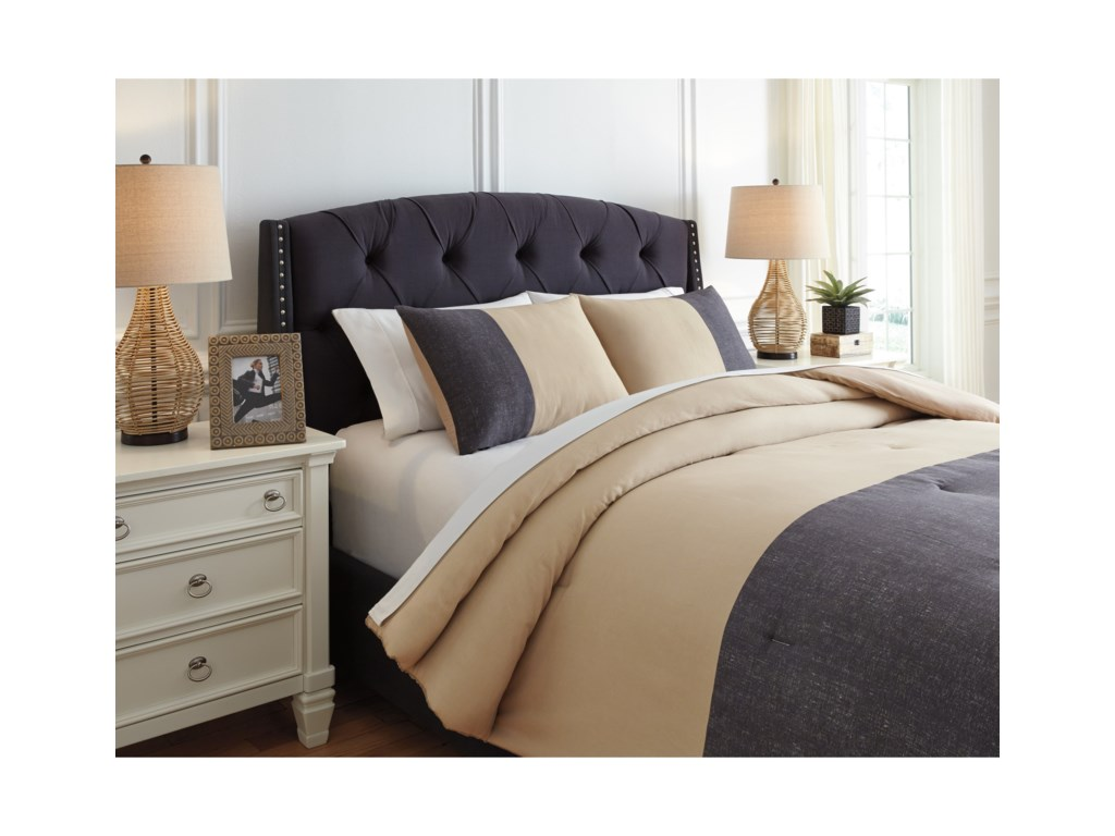 Signature Design by Ashley Bedding SetsKing Medi Charcoal/Sand Comforter Set