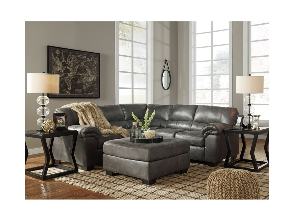 Ashley (Signature Design) BladenTwo-Piece Sectional