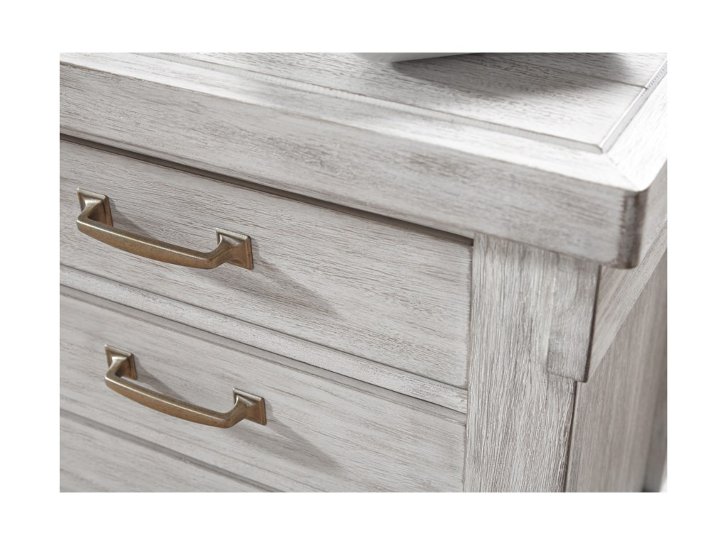 Signature Design by Ashley Brashland3-Drawer Nightstand