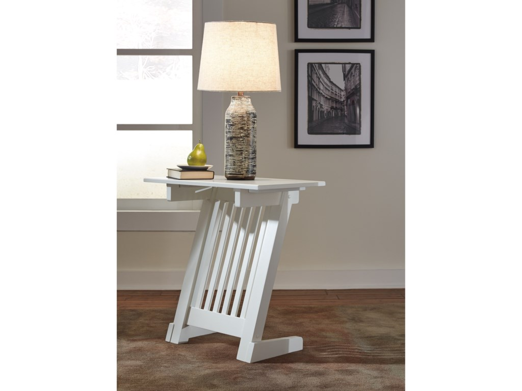 Ashley (Signature Design) BraunnerChair Side End Table