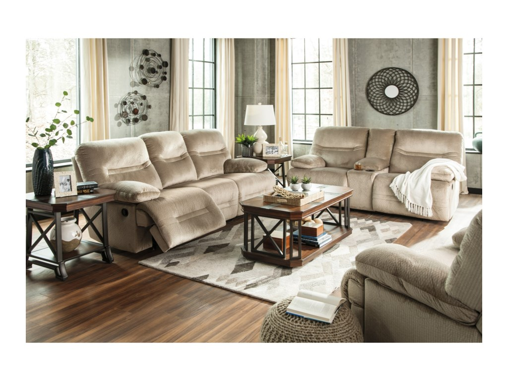 Ashley (Signature Design) BrayburnDouble Reclining Loveseat w/ Console