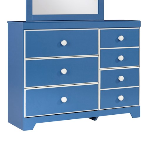 Signature Design by Ashley Bronilly Contemporary 5-Drawer Dresser
