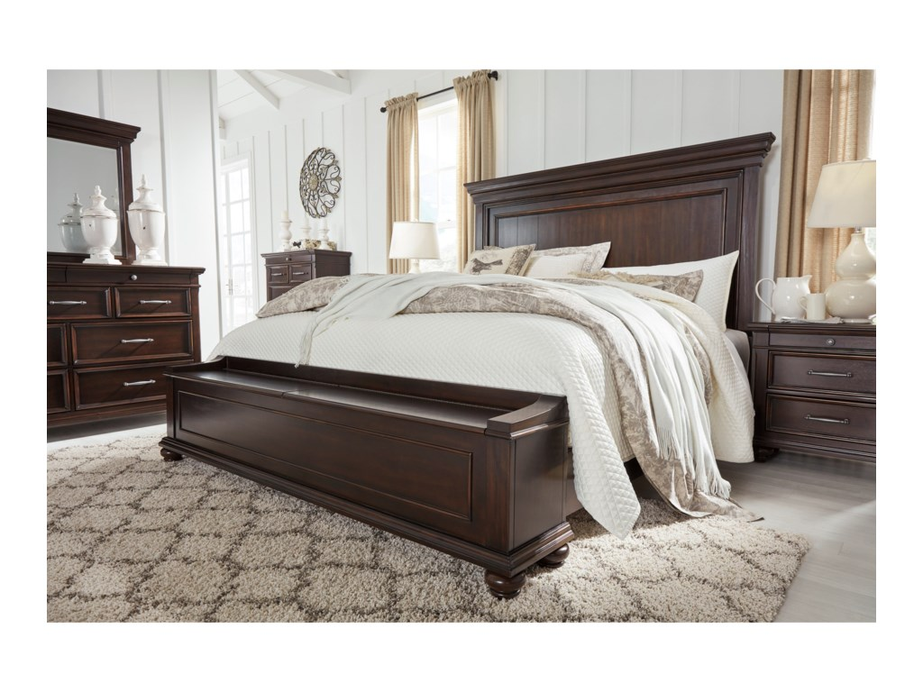 Signature Design by Ashley BrynhurstQueen Bedroom Group