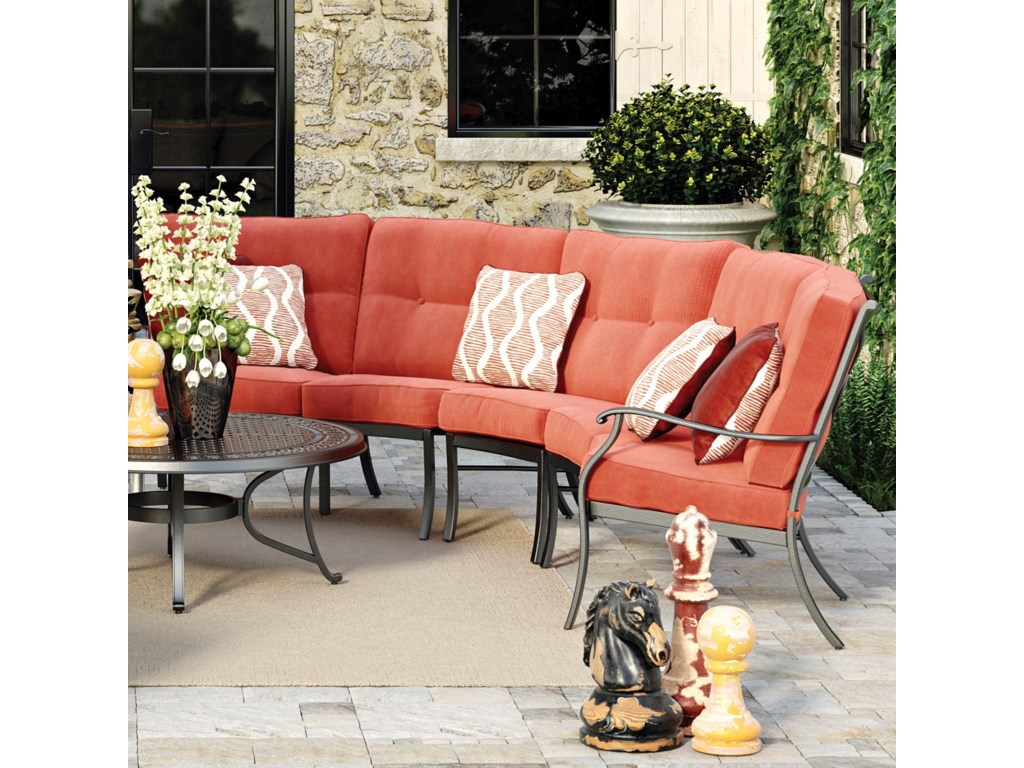 Signature Burnella3-Piece Outdoor Sectional
