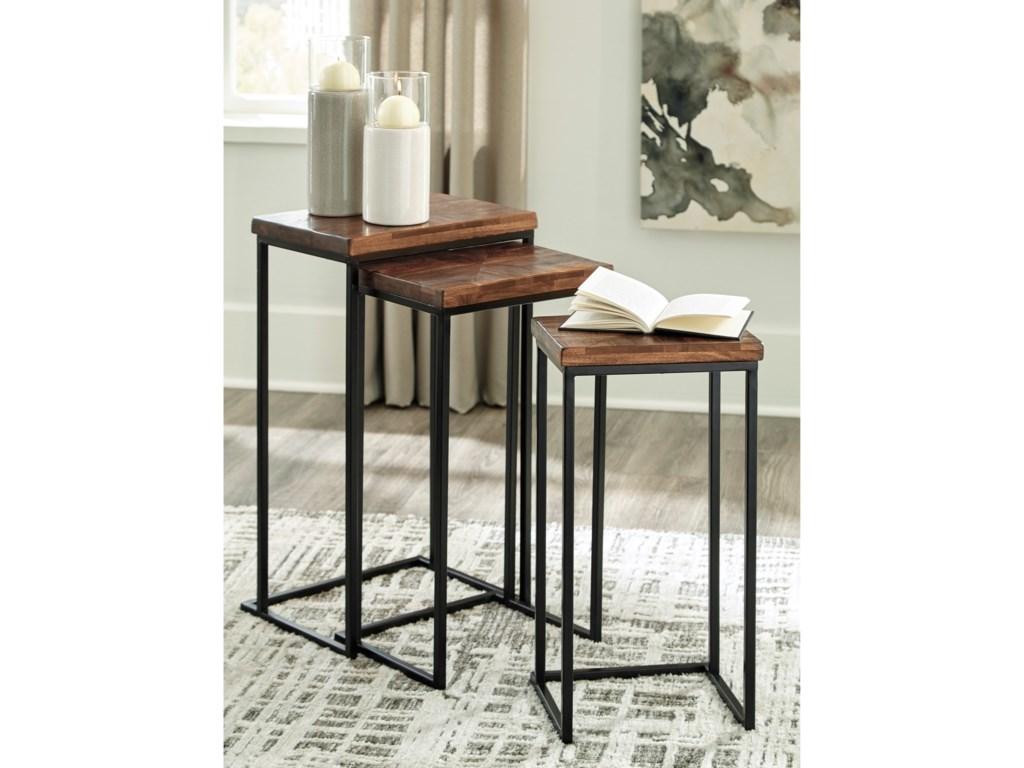 Signature Design by Ashley CainthorneAccent Table Set