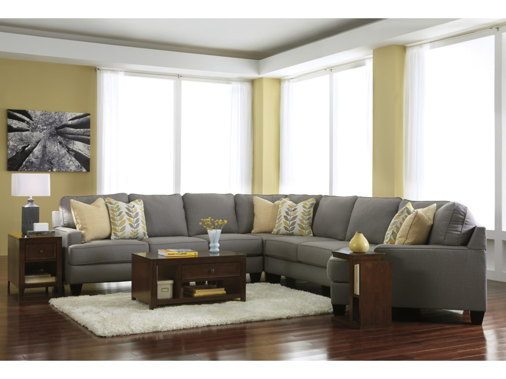 Signature Design by Ashley Chamberly - Alloy5-Piece Sectional Sofa with Right Cuddler