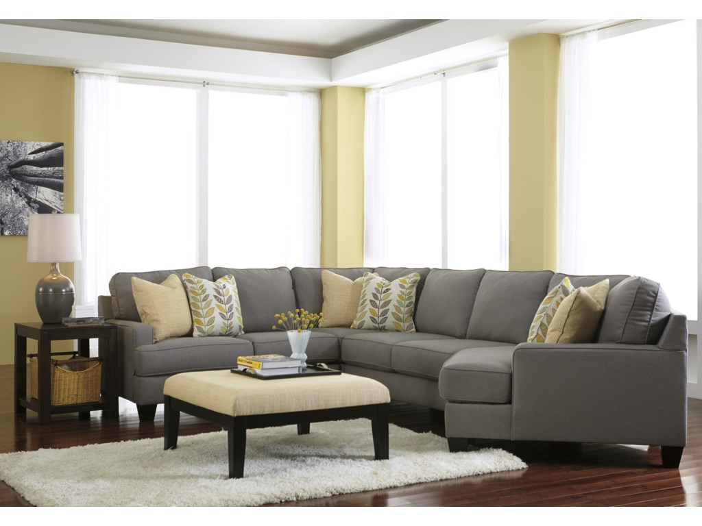 Signature Chamberly - Alloy4-Piece Sectional Sofa with Right Cuddler
