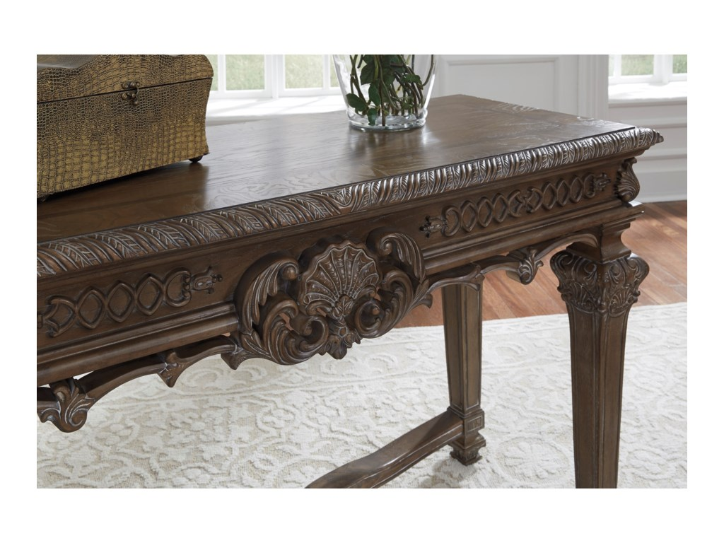 Signature Design by Ashley CharmondSofa Table