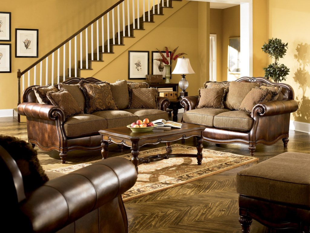 Shown with Sofa, Chair and 1/2, and Ottoman