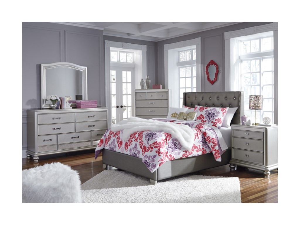 Signature Design by Ashley CoralayneFull Bedroom Group