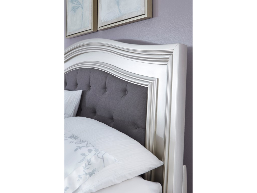 Ashley (Signature Design) CoralayneQueen Panel Bed with Upholstered Headboard