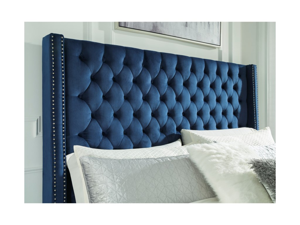Signature Design by Ashley CoralayneQueen Upholstered Bed