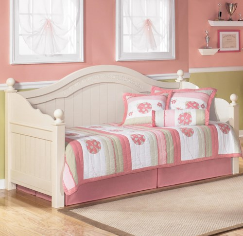 Signature Design by Ashley Cottage Retreat Day Bed