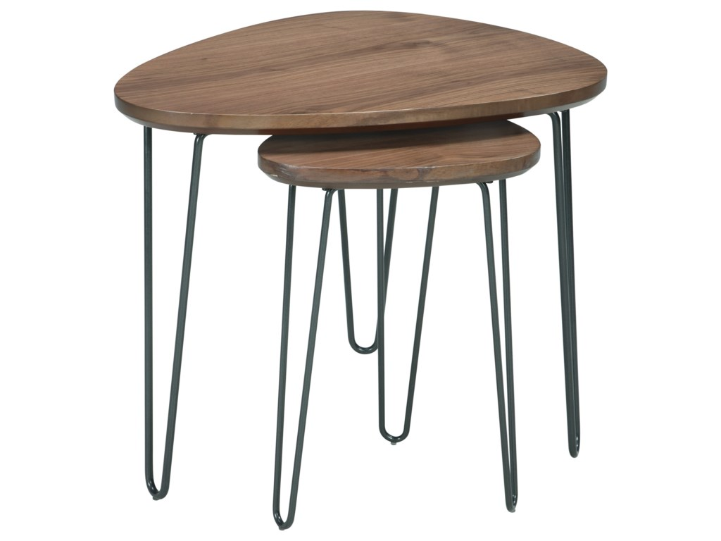 Signature Design by Ashley CouragerTriangle End Table