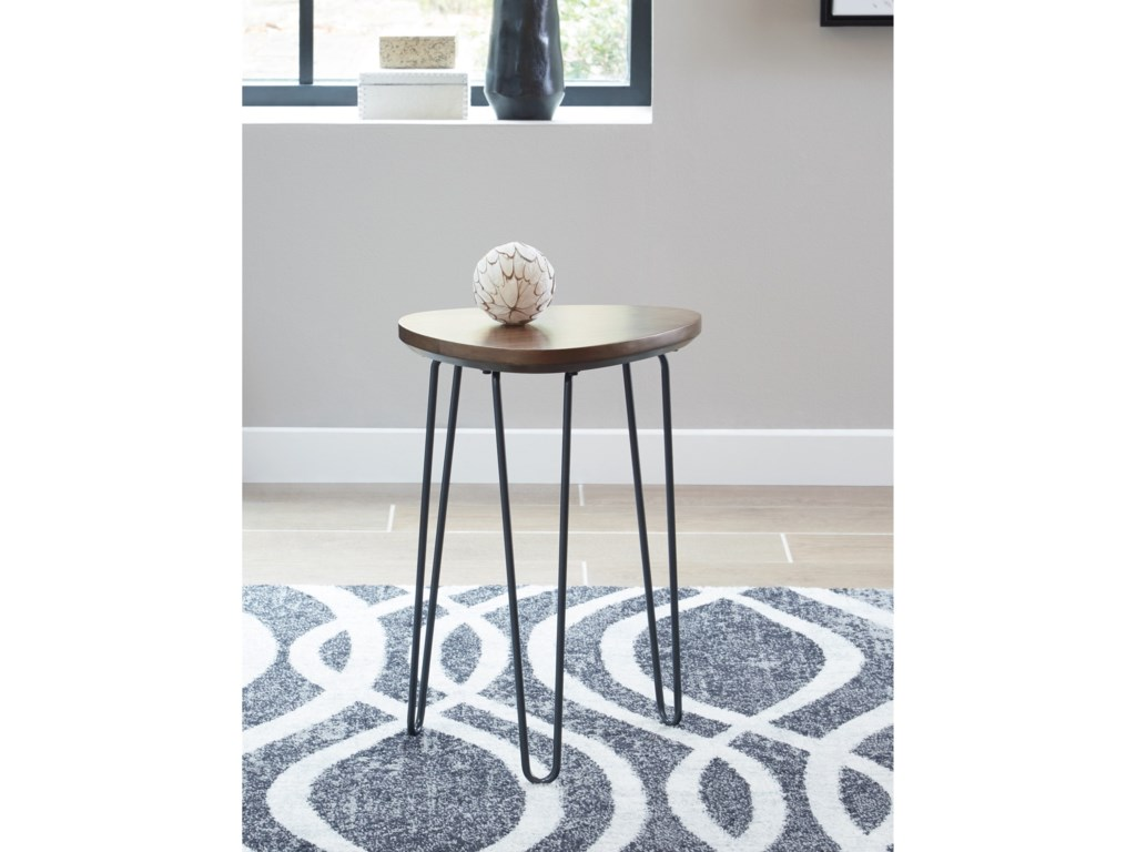 Signature Design by Ashley CouragerChair Side End Table