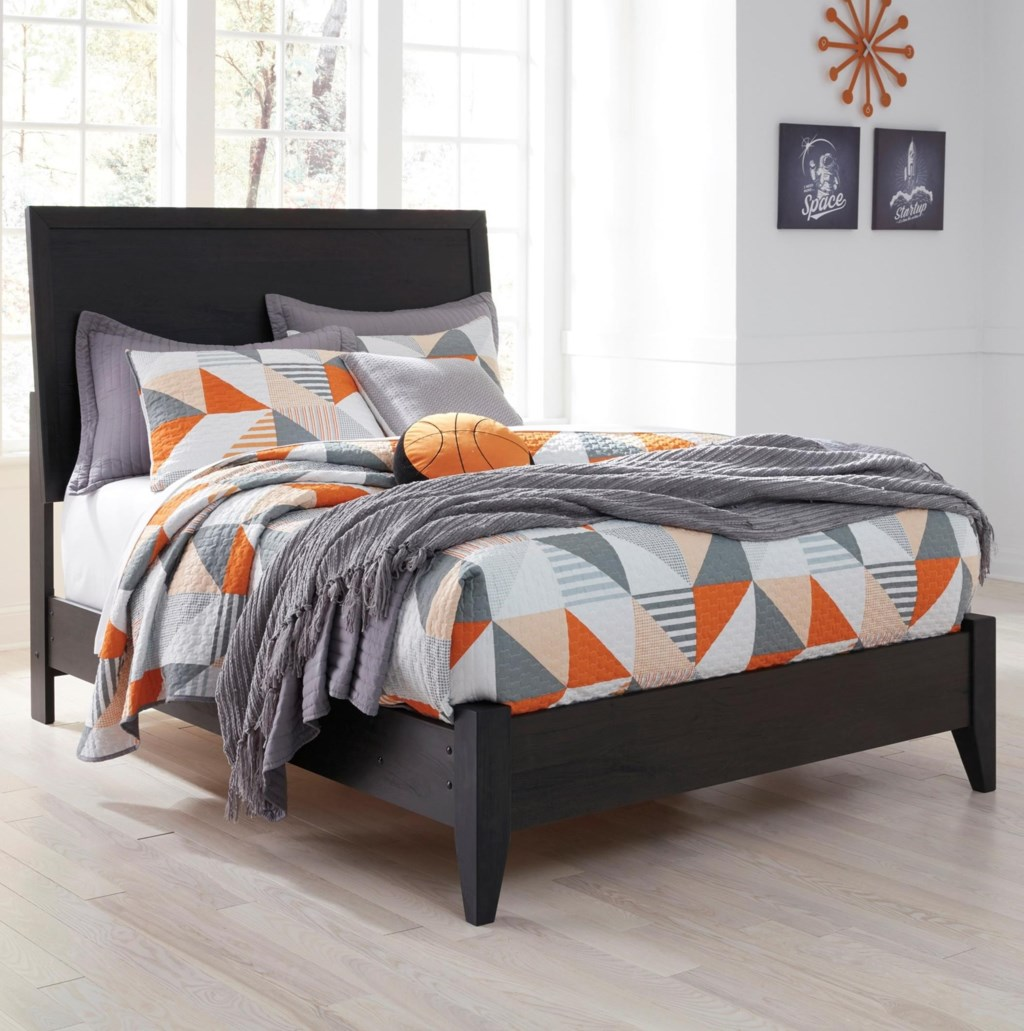 signature design by ashley daltori queen panel bed with low
