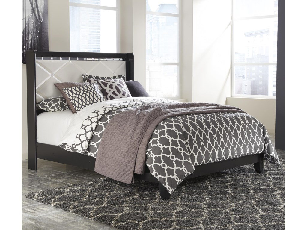 Signature Design by Ashley FanceeQueen Panel Bed