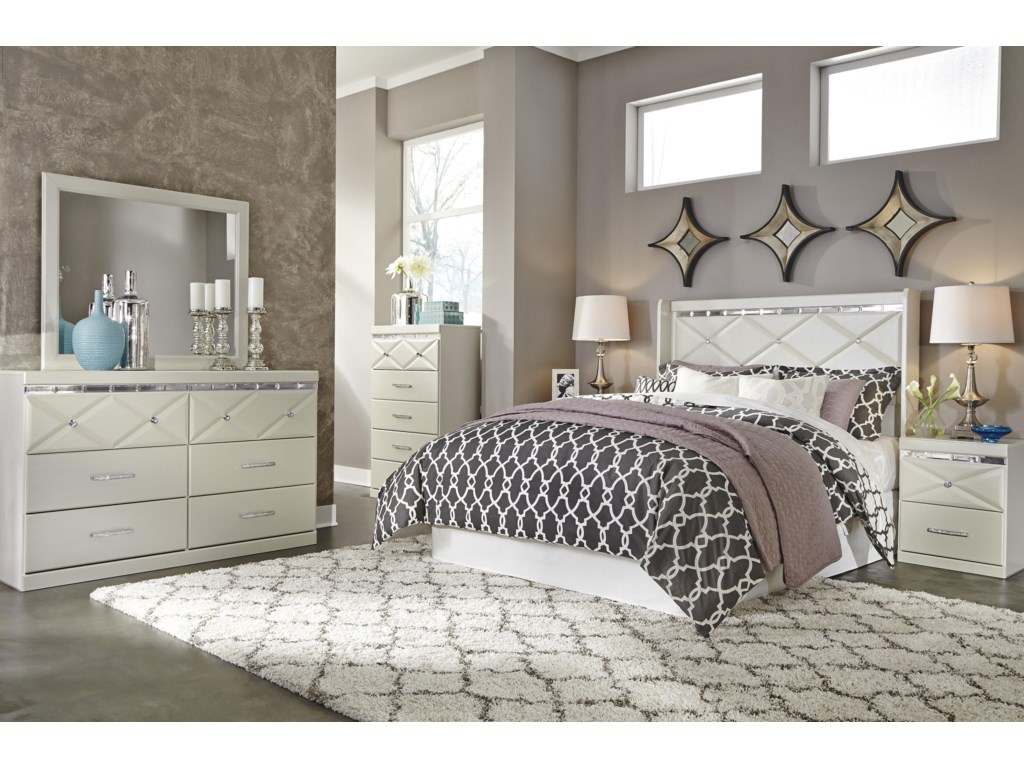 Signature Design by Ashley DreamurBedroom Mirror