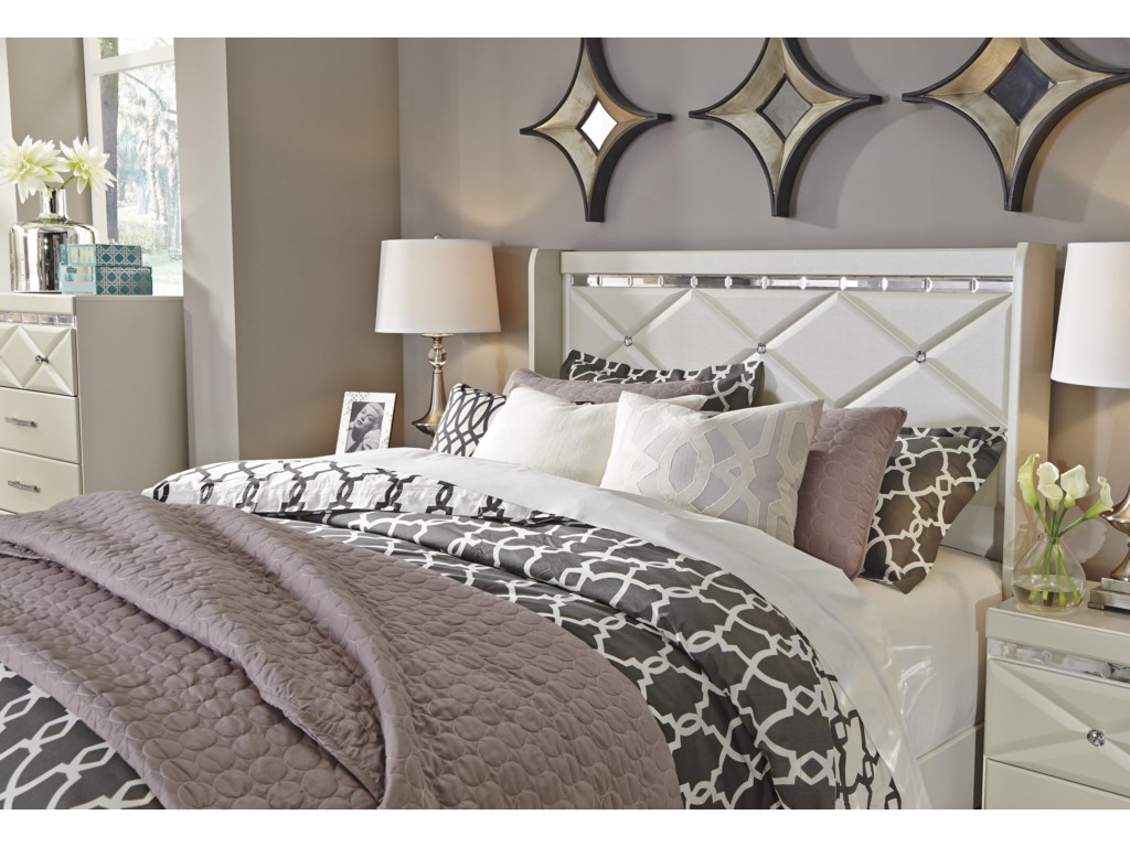 Signature Design by Ashley DreamurQueen Panel Headboard