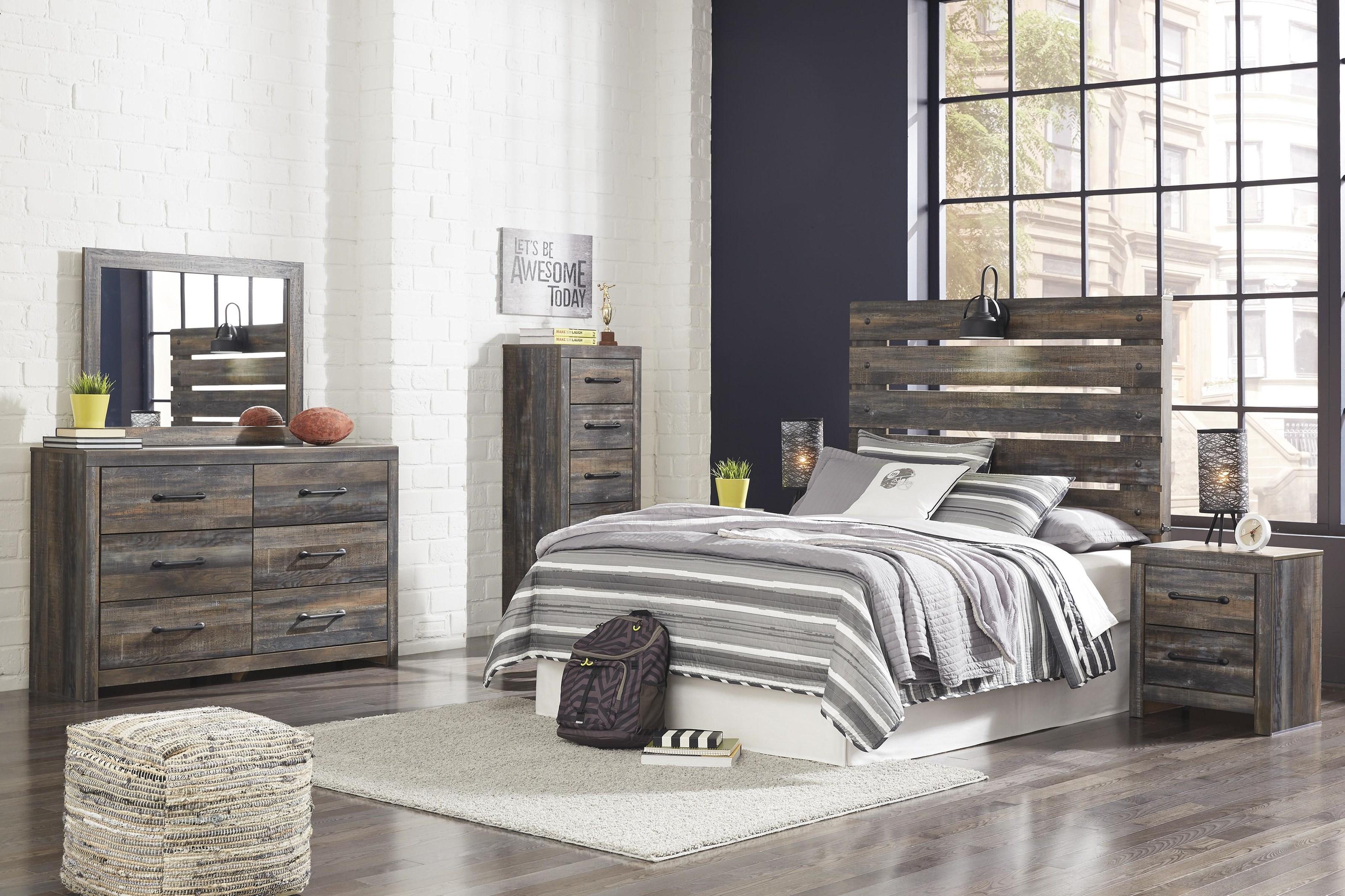 Drystan Queen Panel Bed Package