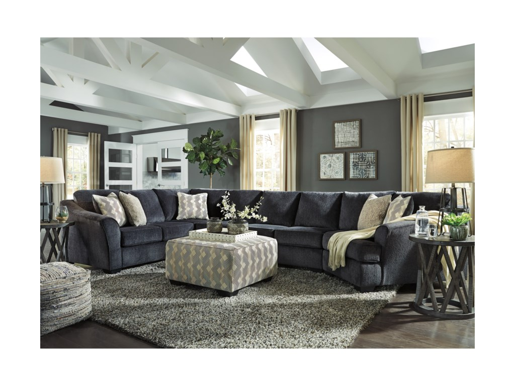Signature Eltmann4-Piece Sectional with Right Cuddler