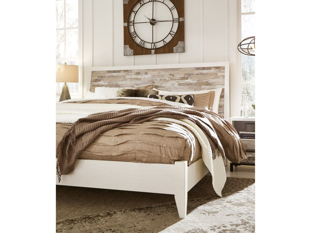 Signature Design by Ashley EvanniKing Panel Bed