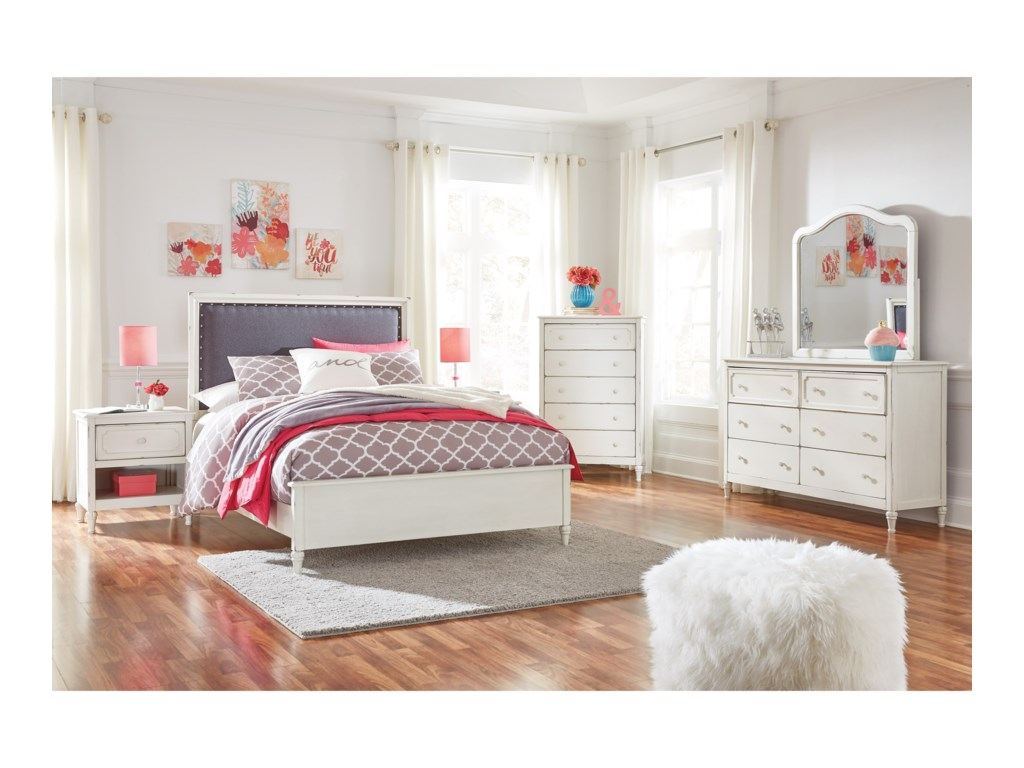 Signature Design by Ashley FaeleneFull Bedroom Group