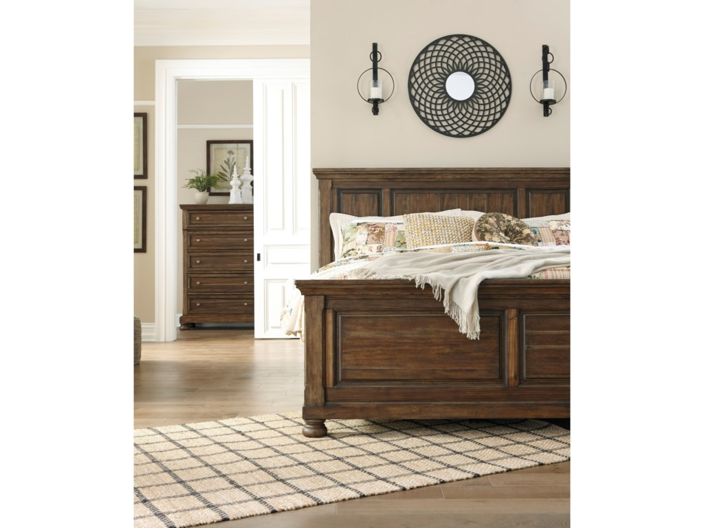 Signature Design by Ashley FlynnterKing Panel Bed