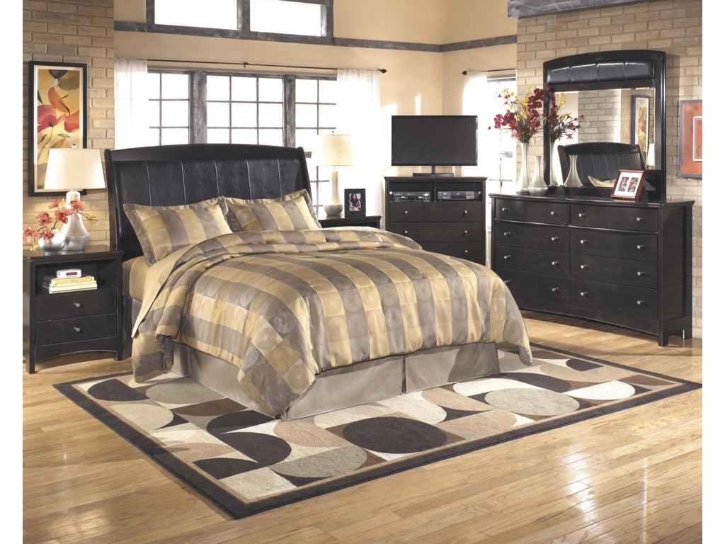 Signature Design by Ashley HarmonyQueen/Full Bedroom Group