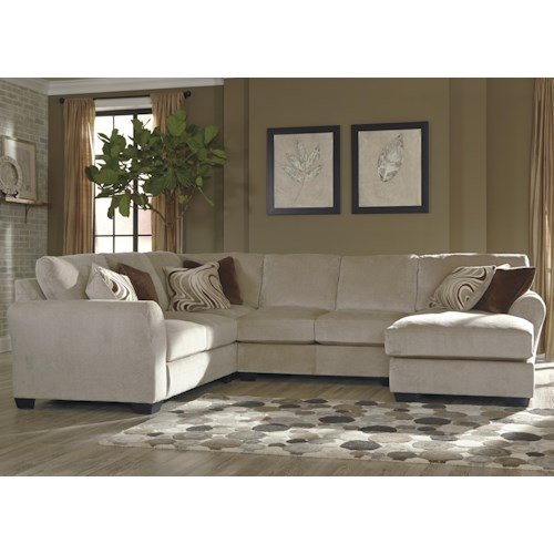 Benchcraft hazes 4 piece sectional w right chaise for 4 piece living room furniture