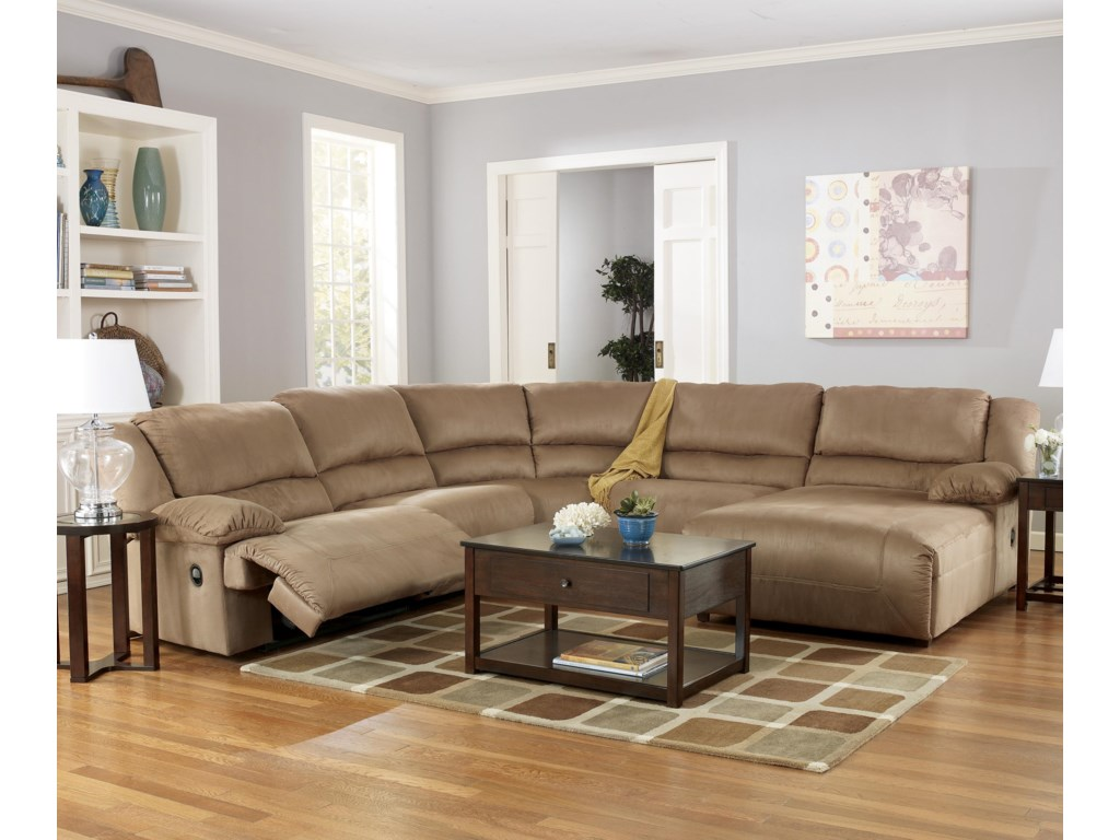 Signature Design By Ashley Hogan Mocha5 Piece Motion Sectional With Chaise