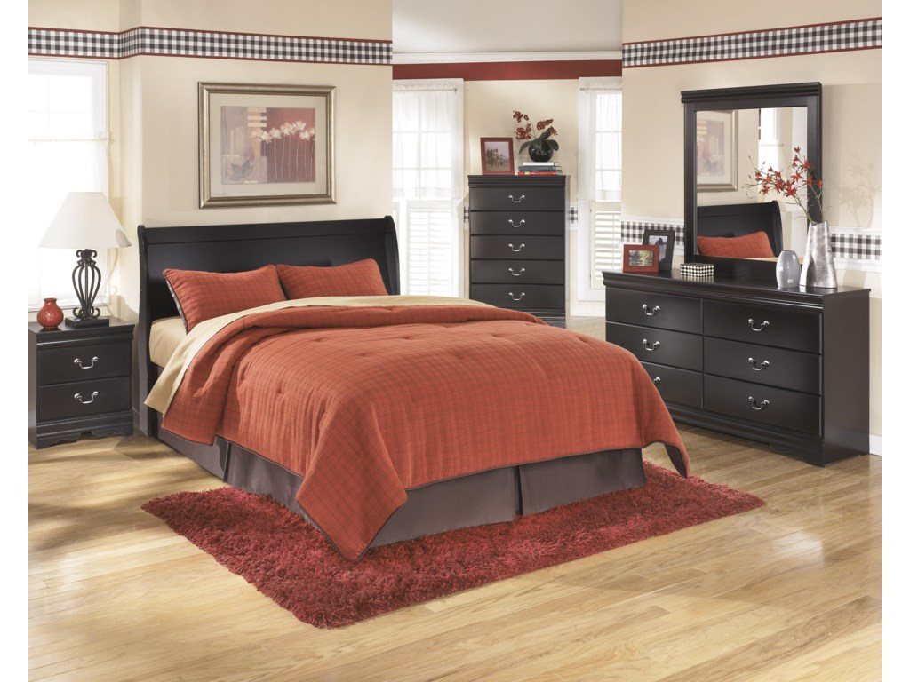 Ashley Signature Design Huey VineyardQueen Bedroom Group