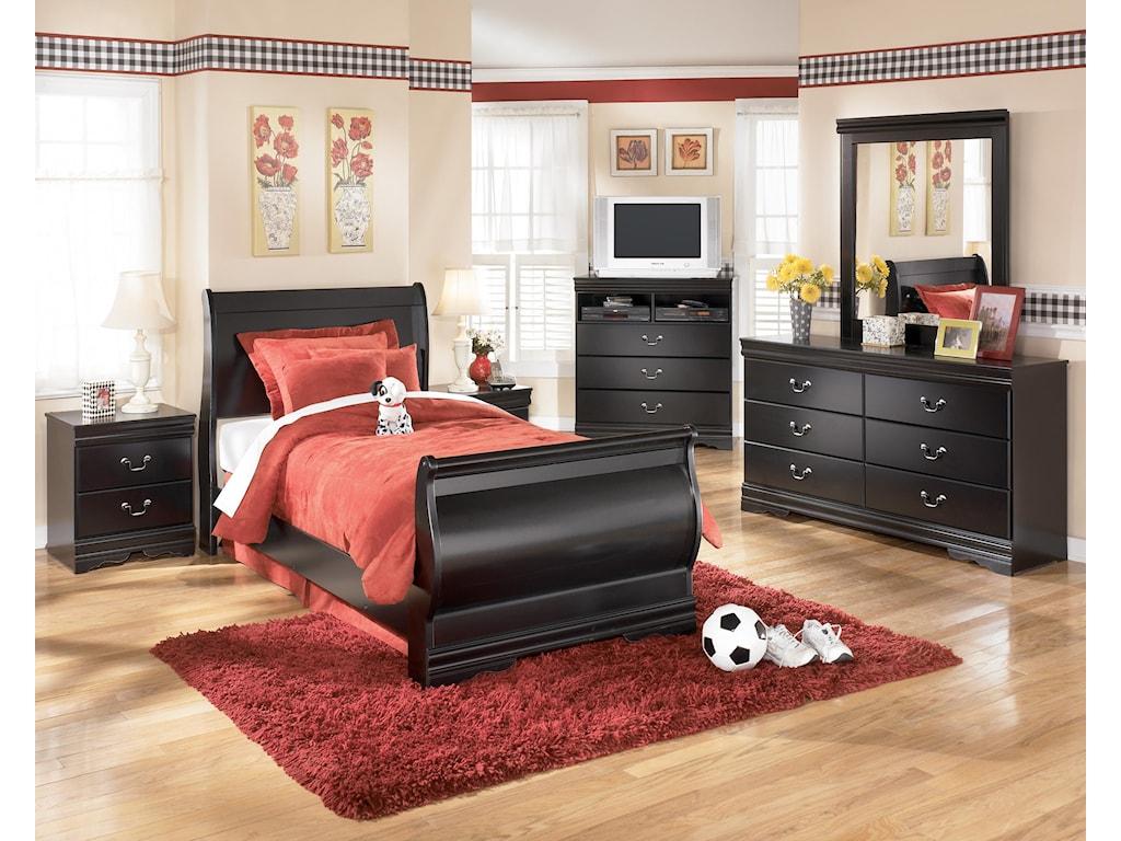 Ashley Signature Design Huey Vineyard4-Piece Bedroom Group
